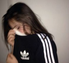 adidas, girl, and black Bild Aesthetic Photo, Aesthetic Girl, Tumblr Photography, Photography Poses, Sad Girl Photography, Pic Tumblr, Adidas Tumblr, Mode Adidas, Tmblr Girl