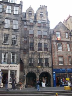 Gladstone's Land - the oldest house in Edinburgh
