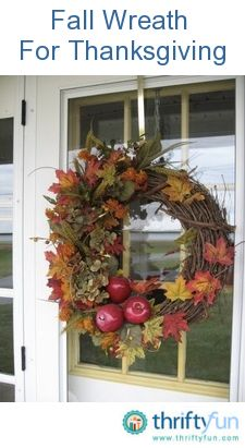 This is a guide about homemade Thanksgiving decorations. It is fun and satisfying to make your own holiday decorations.