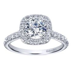 In LOVE with this RING!!!!!       Exquisite Diamond Halo Engagement Ring By Polenza @ Kranich's Jewelers.