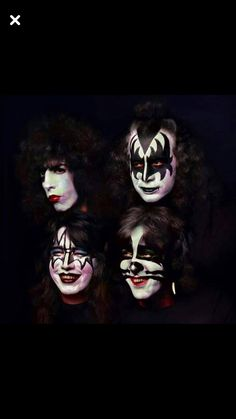 This one didn't make the cover Kiss Images, Kiss Pictures, Paul Stanley, Gene Simmons, Kiss Album Covers, Kiss Group, Kiss Costume, Kiss Music, Kiss Me Love