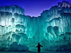 The Ice Castles in Silverthorne, Colorado. I grew up in Colorado and never seen this. Vacation Trips, Dream Vacations, Vacation Spots, Vacation Travel, Travel Party, Cruise Vacation, Travel Goals, Travel Hacks, Travel Tips