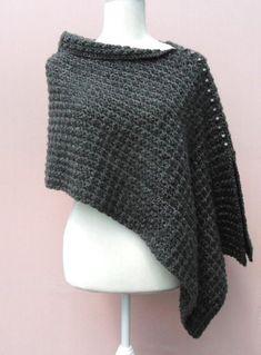 Ravelry: Voguish Poncho - free crochet pattern by CreateByHands Crochet Poncho Patterns, Christmas Knitting Patterns, Crochet Shawl, Crochet Stitches, Free Crochet, Knit Crochet, Crochet Fish, Crochet Wraps, Crochet Geek