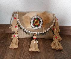 Bolso clutch de yute , hecho a mano de SolCaleyo en Etsy