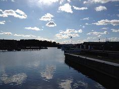 Hølen båthavn april 2012