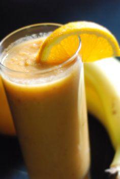 banana, sweet apple and golden inca berries smoothie