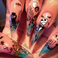 Cool Halloween Nail Art Designs for Creepy halloween nails; cute hallo… Cool Halloween Nail Art Designs for Creepy halloween nails; Holloween Nails, Cute Halloween Nails, Halloween Acrylic Nails, Halloween Nail Designs, Halloween Coffin, Creepy Halloween, Costume Halloween, Halloween Ideas, Halloween Couples