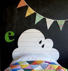 Cabecero en forma de nube para cama infantil hecho de madera de pino de forma artesanal - Minimoi