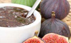 Recette Confiture de figues : 1/ Lavez les figues et coupez-les en dés.2/ Mettez dans un bol, la moitié du sucre, les figues puis le reste du sucre. Laissez m...