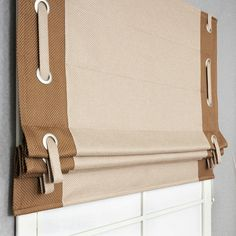 Latest No Cost Roman Blinds with valance Concepts Roman blinds are a well known favourite among conscious homeowners as they feature a classy, stylish and affordable trea Shabby Chic Curtains, Home Curtains, Curtains With Blinds, Window Curtains, Diy Roman Shades, Custom Roman Shades, Valance Window Treatments, Window Coverings, Curtain Tie Backs Diy