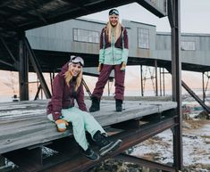 3 Sustainable Ski Brands That Will Keep You Warm This Winter - Weekendbee - sustainable sportswear Snowboarding Outfit, Lifelong Friends, Ski And Snowboard, Skate, Skiing, Sportswear, Hipster, Organic, Warm