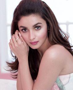 Alia Bhatt #photoshoot for Elle magazine December 2015.