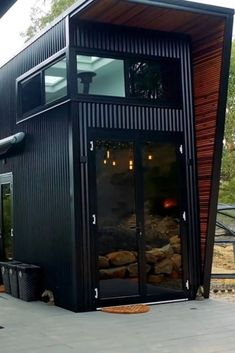44 Must See Shipping Container Homes - House Topics Shipping Container Cabin, Cargo Container Homes, Building A Container Home, Container Buildings, Container Architecture, Container House Design, Tiny House Design, Shipping Containers, Sea Containers