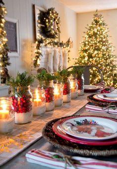 Ideias de decoração de mesas de natal não faltam. Escolha artesanatos que tenham algo em comum com a decoração idealizada para a mesa.