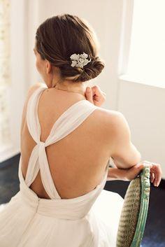 6 Great DIY+Wedding+Hair+Tutorials from craftypie.com #Peinados de novia