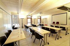 Buro Club Albi - Location d'une salle de réunion équipée.
