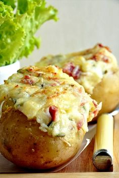 Baked potatoes au gratin in the county - easy recipe .- Baked potatoes au gratin in the county – easy recipe – Nathalie& cooking - Easy Cooking, Cooking Recipes, Easy Recipes, Salty Foods, No Cook Meals, I Foods, Food Inspiration, Love Food, Easy Meals