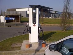 Douai : 50 bornes de recharge électrique d'ici 2017