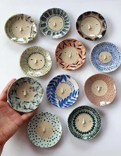 Ceramic Clay, Ceramic Painting, Ceramic Pottery, Pottery Art, Pottery Plates, Pottery Kiln, Painted Ceramics, Painted Pottery, Porcelain Ceramic