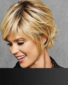 HairDo Wigs Textured Fringe Bob View Of All Images For Textured Fringe Bob by HairDo Bob Style Haircuts, Bob Haircut With Bangs, Choppy Bob Hairstyles, Bob Haircuts For Women, Bob Hairstyles For Fine Hair, Short Haircut, Layered Hairstyles, Pretty Hairstyles, Hairstyles Videos