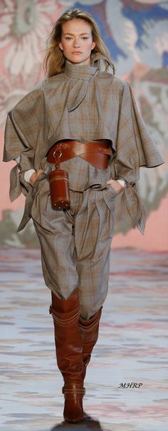 Zimmermann Fall 2018 Ready-to-Wear Fashion Show Autumn Fashion 2018, Fashion 2017, Runway Fashion, Fashion Show, Womens Fashion, Fashion Design, Fashion Trends, Plaid Fashion, Star Fashion