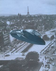 Citroën DS flying over Paris
