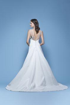 Carolina Herrera Bridal Spring 2016 'Jasmine' bridal gown