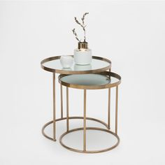 Round gold nest of tables (set of 2)