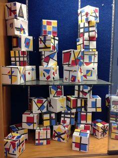 The Artsy Fartsy Art Room: Mondrian Inspired Cubes! Piet Mondrian, Kindergarten Art, Preschool Art, Mondrian Art Projects, 3d Art Projects, School Art Projects, Montessori Art, Montessori Elementary, Primary School Art