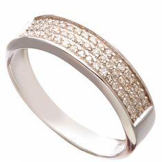 Кольцо с камнями (бриллианты) из белого золота 585 пробы - выбрать недорогие и качественные Кольца с бриллиантами в каталоге ювелирных украшений на сайте 585 GOLD!