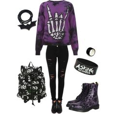 For some reason I am being attracted to dark, gothic fashion.. Meh