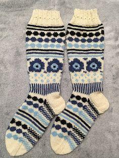Marimekon Unikkosukat Marimekko, Knitting Socks, Handmade, Fashion, Tricot, Knit Socks, Moda, Hand Made, Fashion Styles