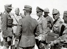 Generalfeldmarschall Erwin Rommel with Generalstabsarzt Dr. med. Walther Asal (extreme left), Afrika. - photo: http://forum.axishistory.com/viewtopic.php?f=5&t=14230&start=5265