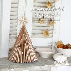 Como fazer árvore de natal com revista - Reciclagem - Passo a Passo com fotos - Tutorial with pictures - How to make a Christmas tree folding a magazine - Madame Criativa www.madamecriativa.com.br