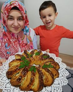 Image may contain: 2 people, food Make An Effort, How To Make, Food, Instagram, Image, Herbs, Pastries, Turkish Recipes, Bakken