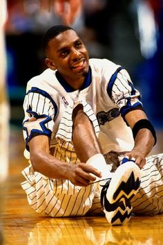 PENNY HARDAWAY: that CLASSIC smile w/the teeth! LOL