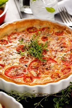 Tarte thon, tomate et moutarde Tart Recipes, Pizza Recipes, Healthy Dinner Recipes, Healthy Snacks, Cooking Recipes, Quiches, Omelettes, Easy Smoothie Recipes, Healthy Smoothie