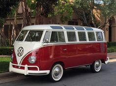 1960 Volkswagen Microbus 23 Window Safari Deluxe