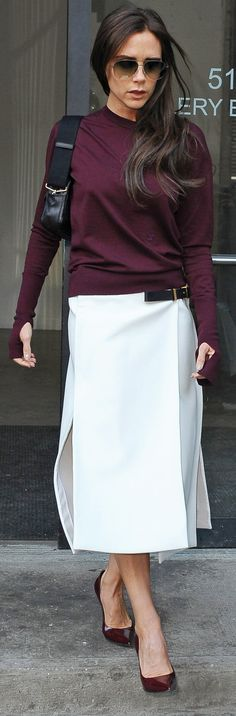 Loving Victoria Beckham's sweet and simple look (and her straight-from-the-runway bag!)