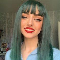 Green Hair, Blue Hair, Cute Makeup, Hair Makeup, Hair Inspo, Hair Inspiration, 90s Grunge Hair, Coloured Hair, Cool Hair Color