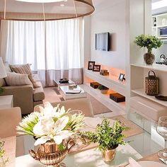 Sobre aquela sala compacta e lindaaa! 😍 Amei! @pontodecor Projeto CB Arquitetos. www.homeidea.com.br |  Face: /bloghomeidea #bloghomeidea #olioliteam #arquitetura #ambiente #archdecor #archdesign #hi  #homestyle #home #homedecor #pontodecor #homedesign #photooftheday #love #interiordesign #interiores  #cute #picoftheday #decoration #world  #lovedecor #architecture #archlovers #inspiration #project #regram #canalolioli #sala
