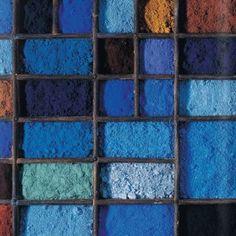 Color pigments, color story inspiration - shades of blue, navy, indigo Azul Indigo, Bleu Indigo, Textures Patterns, Color Patterns, Pantone, New Blue, Blue And White, Blue Green, Yellow