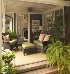 Cool 65 Rustic Farmhouse Porch Decorating Ideas https://decoremodel.com/65-rustic-farmhouse-porch-decorating-ideas/