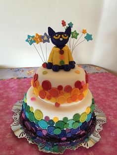 Pete the Cat and His Groovy Buttons birthday cake.