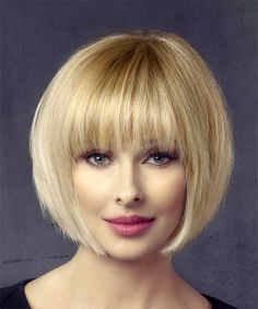 Short Straight Formal Bob Hairstyle with Layered Bangs – Light Honey Blonde Hair Color - Balayage Haare Blond Kurz Bobbed Hairstyles With Fringe, Fringe Haircut, Layered Bob Hairstyles, Short Bob Haircuts, Haircuts With Bangs, Straight Hairstyles, Hairstyles Haircuts, Fringe Bangs, Pixie Hairstyles
