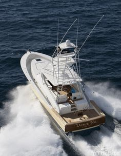 jim_smith_60_walkaround_dona_re2 Fishing Yachts, Sport Fishing Boats, Speed Boats, Power Boats, Offshore Boats, Cabin Cruiser, Old Boats, Yacht Boat, Boat Design