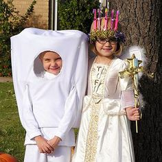 More tooth and Tooth Fairy costume pairings. Robot Costumes, Diy Halloween Costumes For Kids, Scary Costumes, Vintage Halloween, Vintage Witch, Halloween Stuff, Halloween Halloween, Halloween Makeup, Magic For Kids