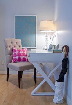 Make your office like a home. Image via The Purple Bow.