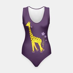Funny Skating #Giraffe #Swimsuit / #LiveHeroes