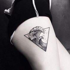 90 Triangle Tattoo Designs For Men – Manly Ink Ideas Thighs Deadly Men's Waves in Triangle Tattoo Tattoos Dreieckiges Tattoos, Neue Tattoos, Trendy Tattoos, Body Art Tattoos, Small Tattoos, Tattoos For Guys, Cool Tattoos, Tatoos, Sleeve Tattoos